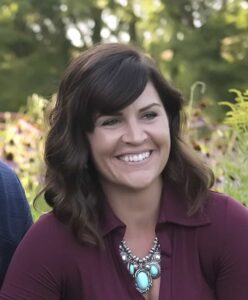 Leah Reinert Down Leah's Lane Pinterest Marketing Specialist and Home Designer