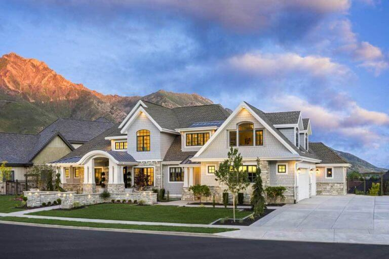 What style of exterior house do you like? How about a mix of craftsman and farmhouse for a modern twist.